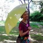 Při dešti Vlastu poznáte podle zeleného deštníku!